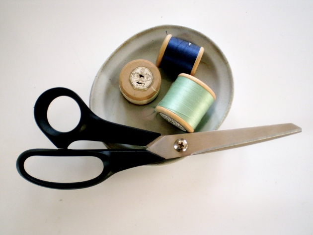 Scissors & thread