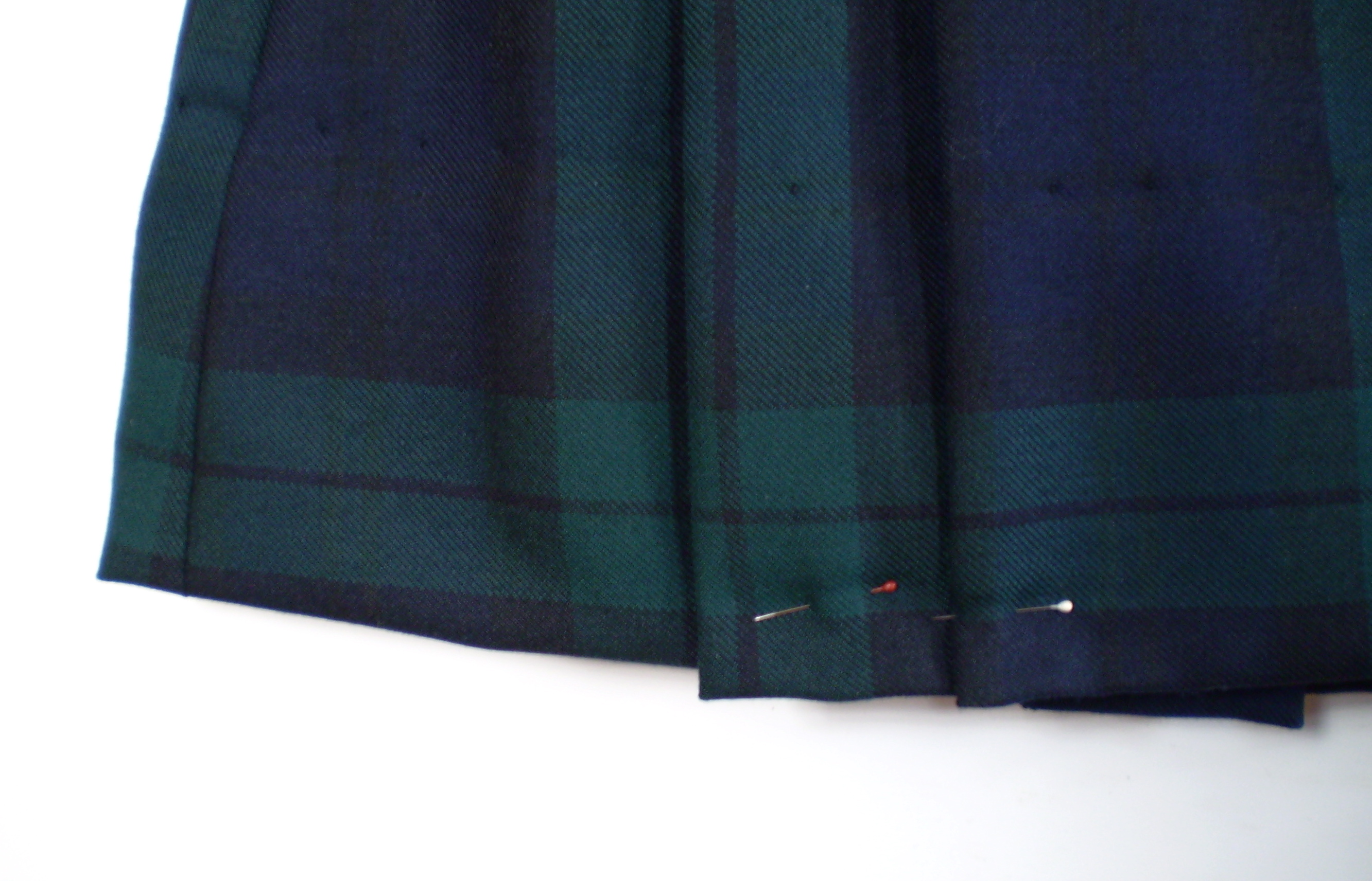 How to Shorten a Kilt or Pleated Skirt