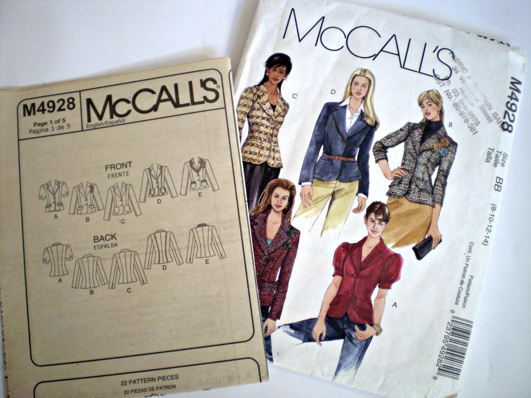 McCalls 4928 | offsquare.wordpress.com