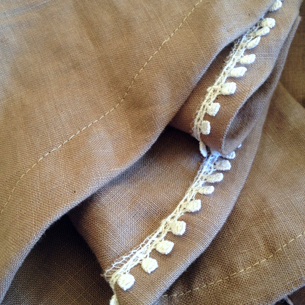 Linen peplum top with pleats | Offsquare.com
