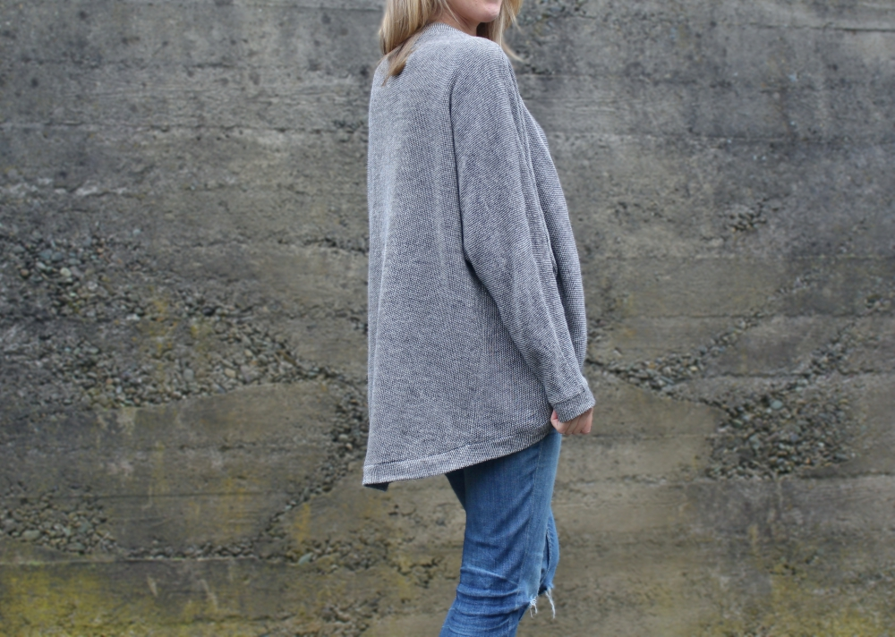 Cocoon Cardi by Jalie | Offsquare.com